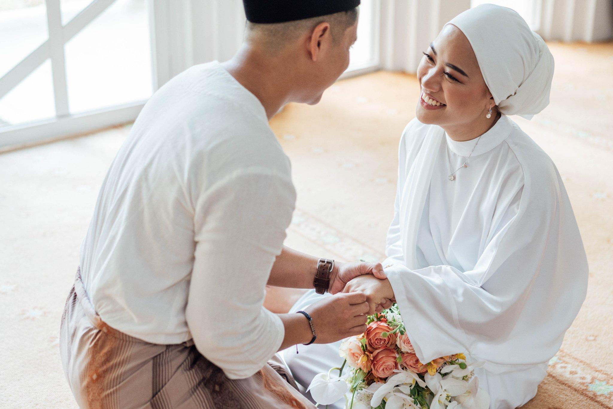 Pernikahan viral dihadiri 12 tamu