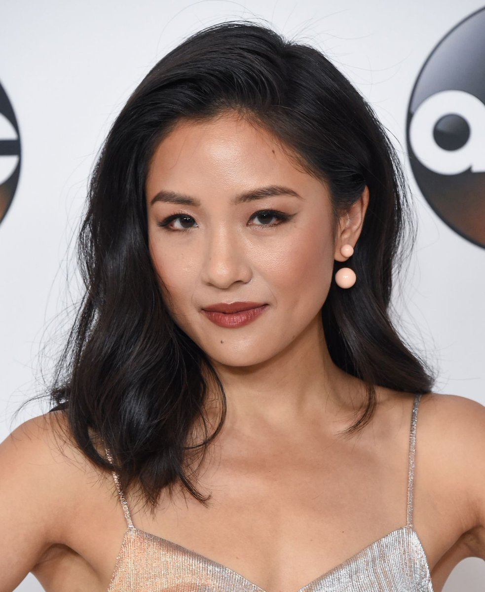 Constance Wu is my asian, flat chested dream!pic.twitter.com/pDPcOjzbnm