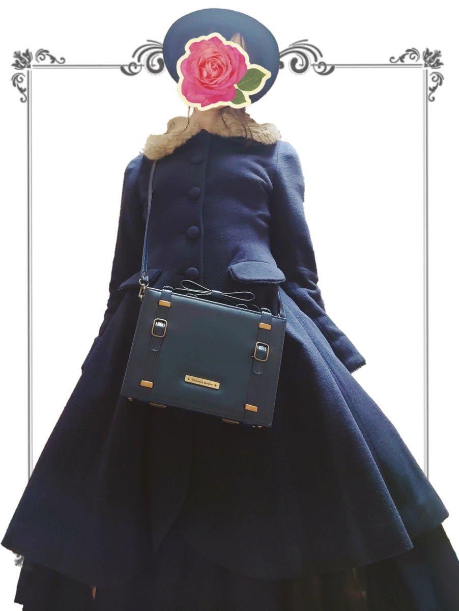 ネイビーの日 帽子:Jane Marple コート:Mary Magdalene ブラウス:an another angelus スカート:LA BELLE ETUDE バッグ:Victorian maiden...