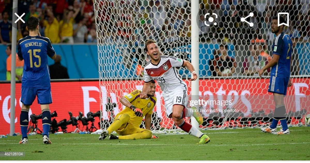 Goetze > Messi   And oh Messi was playing in the biggest final of his life https://t.co/YbN1yU9KRo https://t.co/8kHOccvmrU
