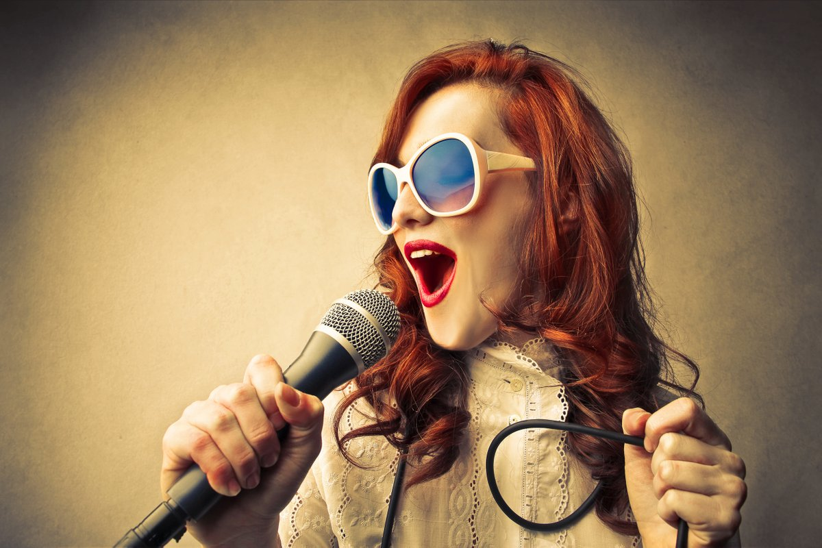"""Goatenberg, chanteur du groupe #ScamTalk #TheVoice8, propose aux jeunes lormontais, une #Masterclass """"chant"""" au studio de #BrassensCamus, ce mercredi 22 janvier de 17h à 19h. Gratuit, sur inscriptions auprès de l'espace Jeunesse des Fontaines. #Lormont #chant #musique https://t.co/iefseZzDvG"""