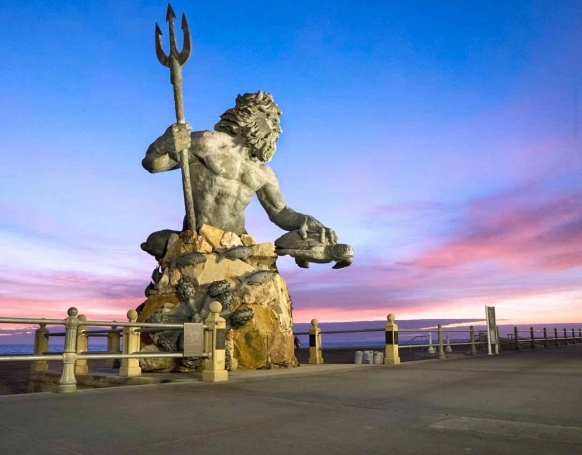 RT if you've visited King Neptune before! 📸 : Adamos Life