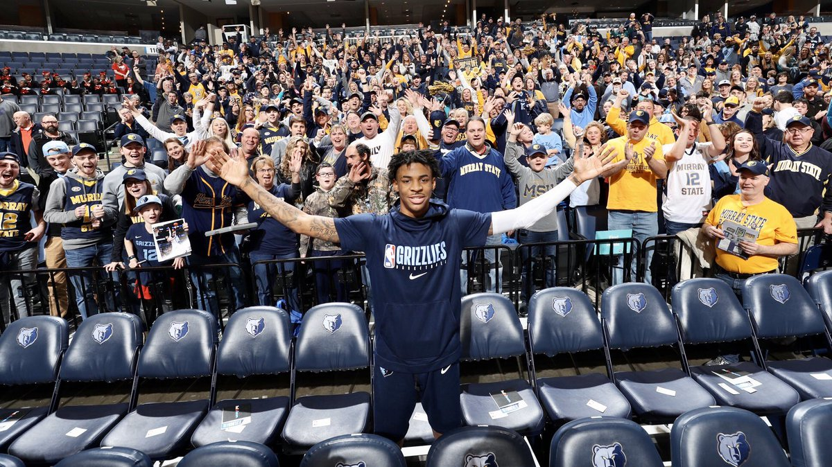 Wonderful evening last night at the @memgrizz game! Over 1200+ @murraystateuniv Racers traveled to Memphis to watch our friend and fellow @raceralumni @JaMorant receive NBA Rookie of the Month and play an excellent game. Thank you #RacerNation for your strong support! #GoRacers