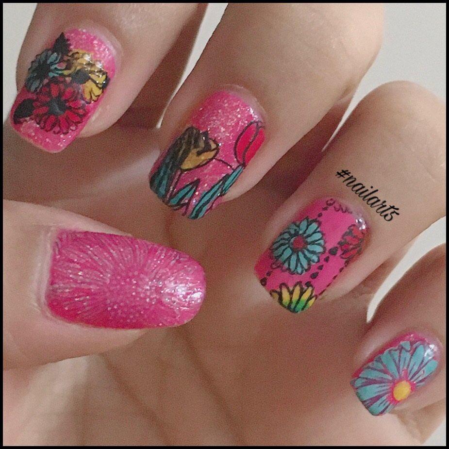 Flower mani for @Mia_Evans_Nails Birthday . #nailart5 #nailart5bykv #naturalnails #miabirthday #stamping #doublestamping #floralnails #nailarts #nails #polish #polsihgirl #nailart #nailartdesign #nailartwow #nailartclub #nailartswag #nailartaddict #nails2inspire #lovenailartpic.twitter.com/6sUocbQkEc