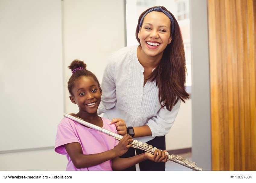 LOVE SINGING & KIDS?  Now #Hiring a Music- Vocal Teacher! Apply Here: https://buff.ly/2EYoogh  #MUSICFAIR #vocalist #teachertwitter #teachergoals #Teaching #EducationJobs #edujobs #educhat #Jobsact #jobhunting #jobsreport #JobAlert #jobseekers Image:https://buff.ly/2QqT3IJpic.twitter.com/93EoYiXfxl