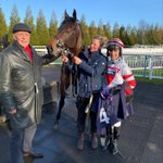 Great to see Dazzling Des win @LingfieldPark for his owner Evan Sutherland!!