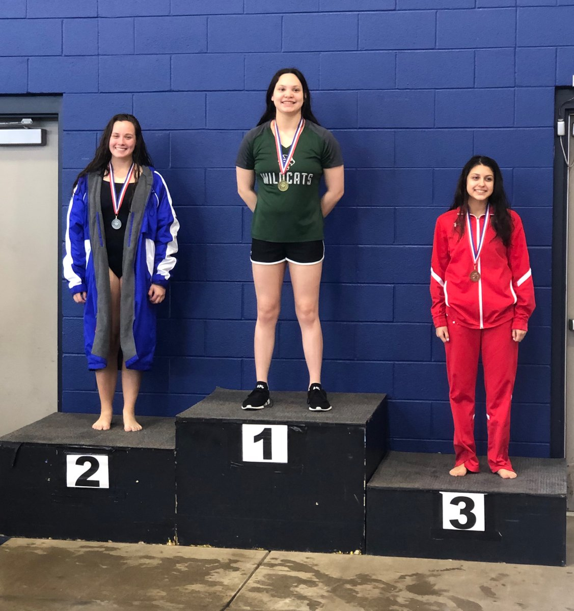 Alyssa Steinfeldt takes 2nd in District in the 100 Fly!