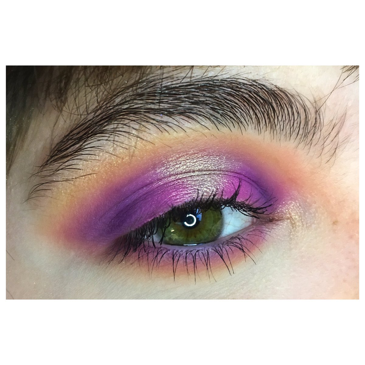 Halo   Palette Jackie Aina @ABHcosmetics  Palette Artistry @MorpheBrushes   RT svp #morphebabe #makeup #abh #abhxjackieaina #morphepic.twitter.com/x9EIq5bLD5