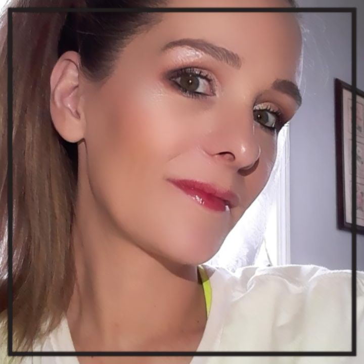 I have been loving the toofaced peach palette from boxycharm box. #beauty #makeup #toofaced