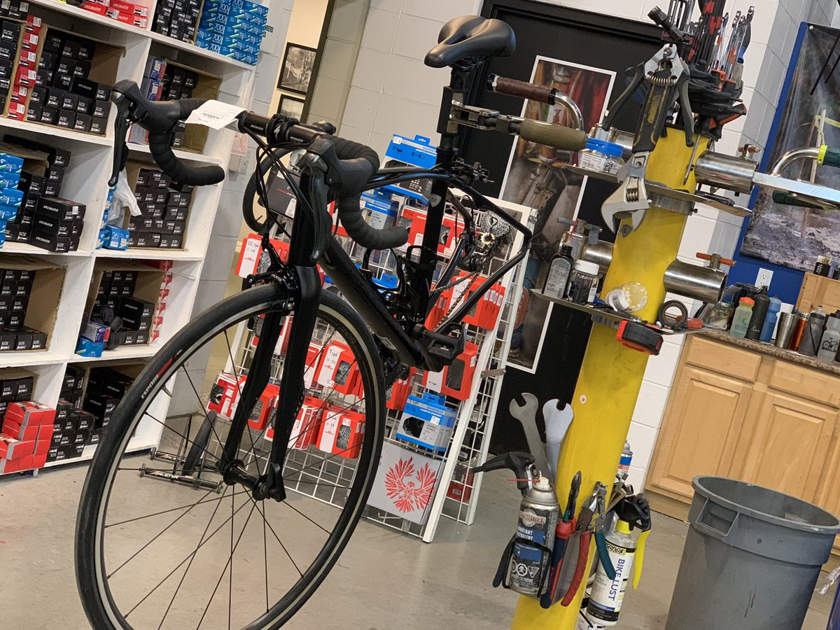 Home from #FETC  I'm back and feeling empowered, motivated, and really excited.  Had so many great talks with awesome people who keep pushing me to be better. That includes my health, so I'm at the bike shop picking up my new bike! <br>http://pic.twitter.com/iR61bfCphm
