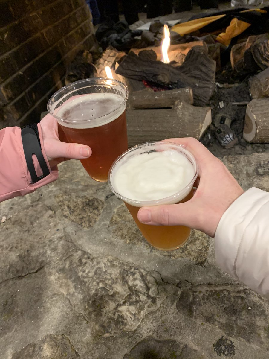 Well, YEAH we hit up #BeechMountainBrewingCo at @BeechMtnResort while taking a break. This is our kind of après ski!