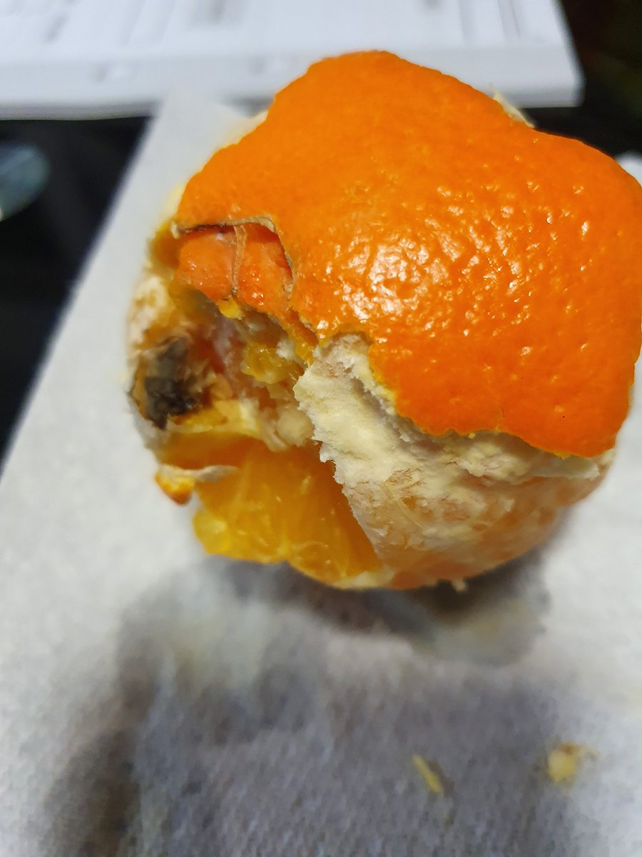 @Tesco Just went to eat an orange I bought from our local store yesterday and it's got a weird black area inside! This was a Tesco Finest Orange too! #gross #FoodSafety #tesco #whatisthat #whatthellisthat #tescoFinest