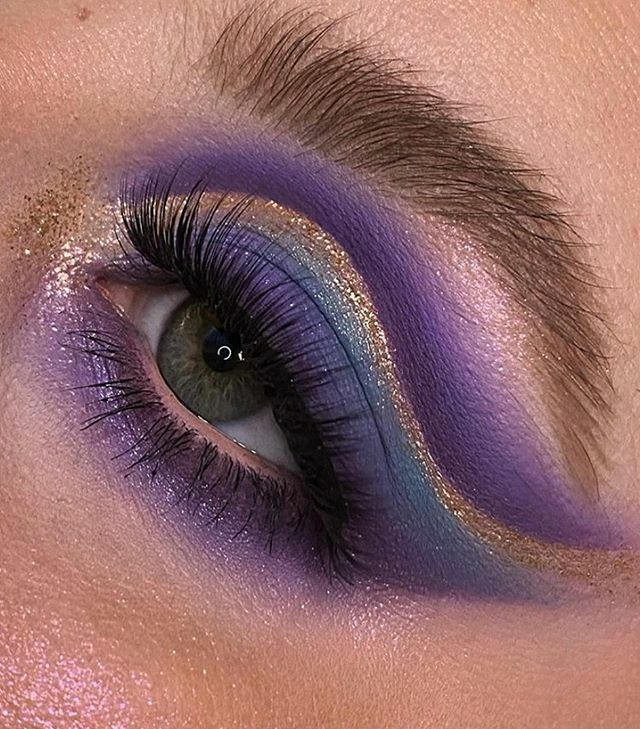 """We're dreaming of purple & @brittany_kelso_ has us obsessed - she finished off her beautiful cut crease look with a pair of Karity faux mink lashes in the style """"Quinn""""Tap to Shop $8 . . . #mua #makeup #purple #eyeshadow #eyeshadowtutorial #eyemakeup #eyemakeuptutorial…pic.twitter.com/VoCSVRQzeD"""