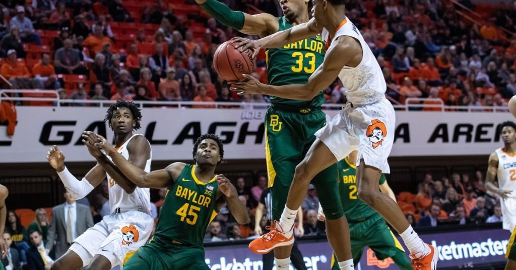 #Baylor rallied on the road to avoid an upset against #OklahomaState for their 15th straight win. #CBK