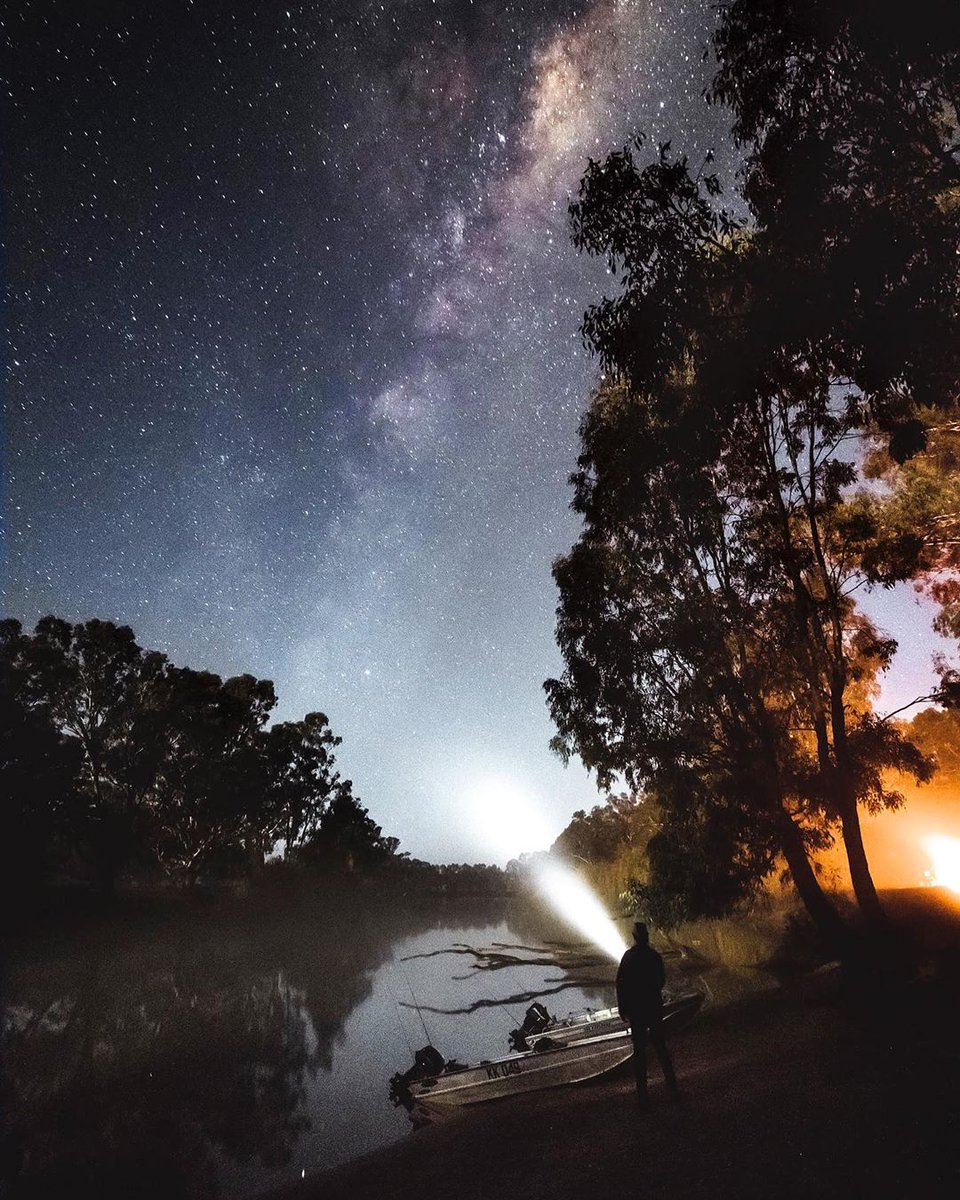 test Twitter Media - Starry skies over the Murray River ✨ One of the world's longest navigable rivers, stretching 2,700 kilometres from the mountains of the Great Dividing Range in north-eastern Victoria to South Australia (via IG/beaumicheli). https://t.co/XSjHx2KUG7