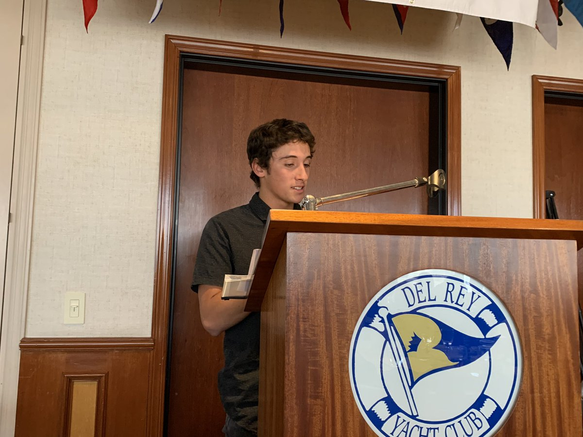 So proud of one of our seniors. He delivered a heartwarming speech to the Mariners Outreach Foundation at the Del Rey Yacht Club today. Great way to spend a Saturday!! @SchoolsAvalon #lancerpride #proudtobelbusd