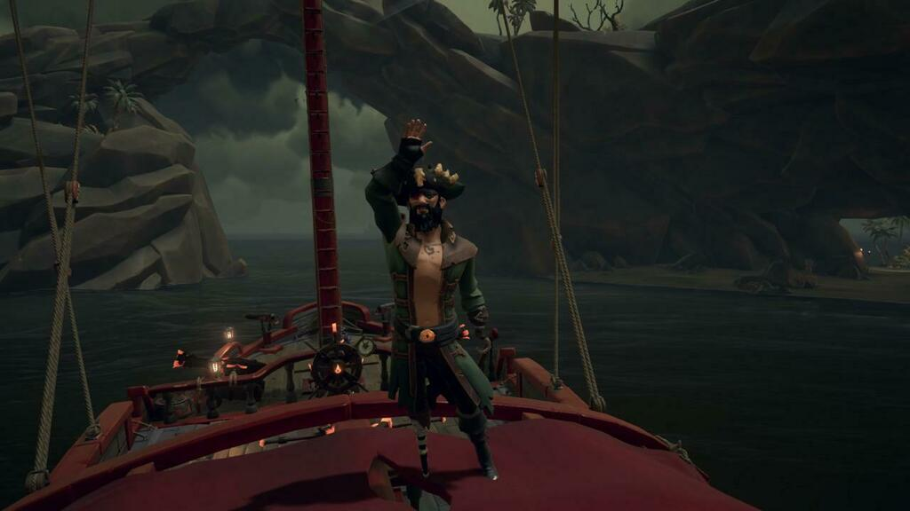 """My current look! Just finished the Shores Of Gold for the first time and really like the jacket! Time to grind for the curse I guess lmao."" posted by u/Strange-Something in r/SeaOfFashion  #SeaOfFashion #BeMorePirate #SoTShot #SeaOfThieves"