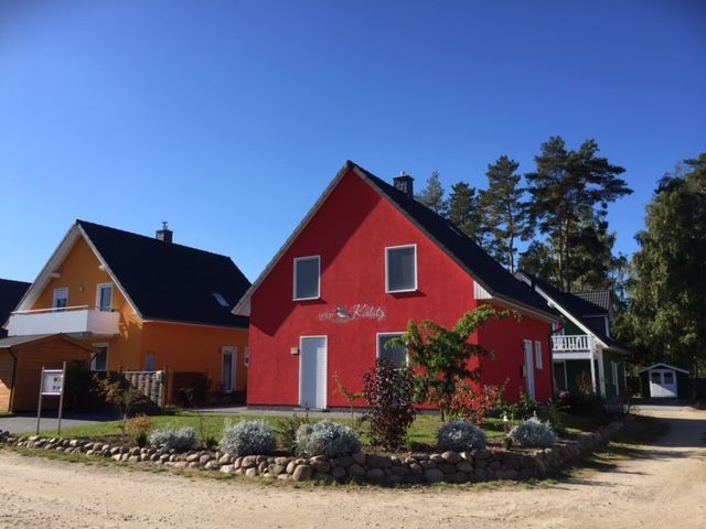TOP: Ferienhaus ID 4136 in Röbel. Das gemütliche Ferienhaus hat 4 Schlafzimmer und bietet Platz für 8-9 Personen. Die moderne Küche ist mit hochwertigen Elektrogeräten ... - Ferienhaus in Röbel für 8 bis 9 Personen https://www.fewostay.de/4136.htmlpic.twitter.com/GpTJKgXNpo