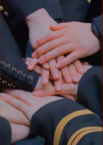 how it feels, oneits?  anw, keep support them individually and keep fighting for rebranding x1 project!  from                                        to this                                          this<br>http://pic.twitter.com/sGGgGppYnL