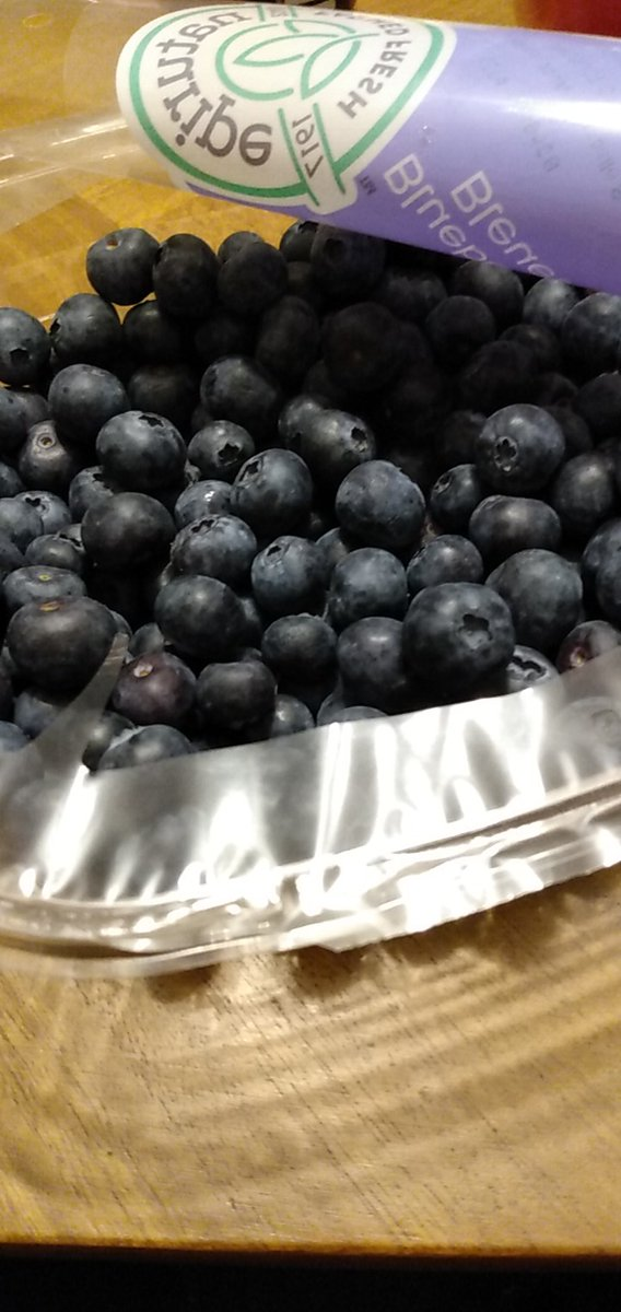 Blueberries were on sale so I'm not keto today
