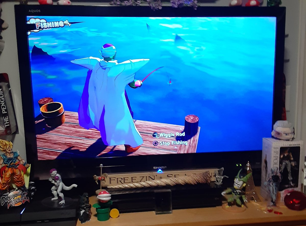 Piccolo fishing is so cute and I dont know why pic.twitter.com/xuhMmnZ7x4