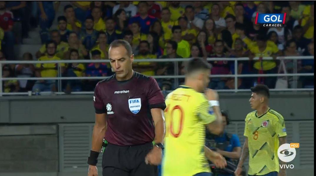 Termina el primer tiempo del partido entre Colombia y Argentina Vea el partido en vivo y gratis → http://bit.ly/38l96yV#VamosColombia