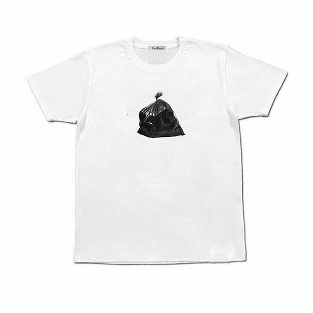 Garbage - Creative Print Tee Available in store. Link in bio.  #artsyaesthetic #minimalaesthetic #clothingonlineco https://ift.tt/37a7EiH pic.twitter.com/KAs0hAwOGR