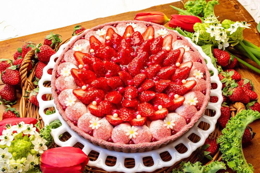 キル フェ ボン「イチゴとチョコレートスフレのバレンタインタルト」濃厚チョコ×爽やかな苺クリーム -