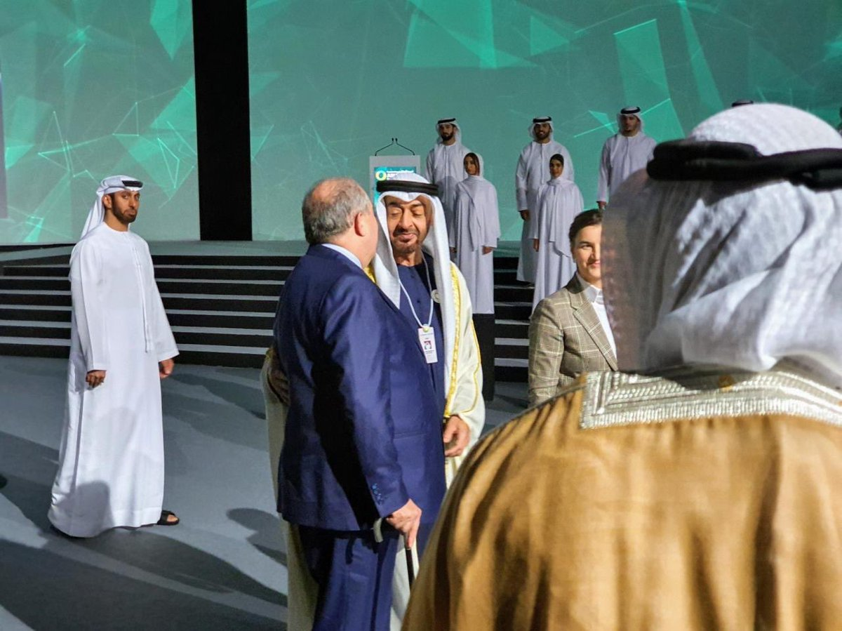 Prime Minister Ana Brnabic spoke in Abu Dhabi with Crown Prince Sheikh Mohammed bin Zayed Al Nahyan on the eve of the beginning of the Abu Dhabi Sustainability Week - ADSW, which represents a global platform for the acceleration of sustainable growth in the whole world. pic.twitter.com/gtV3EAmChU