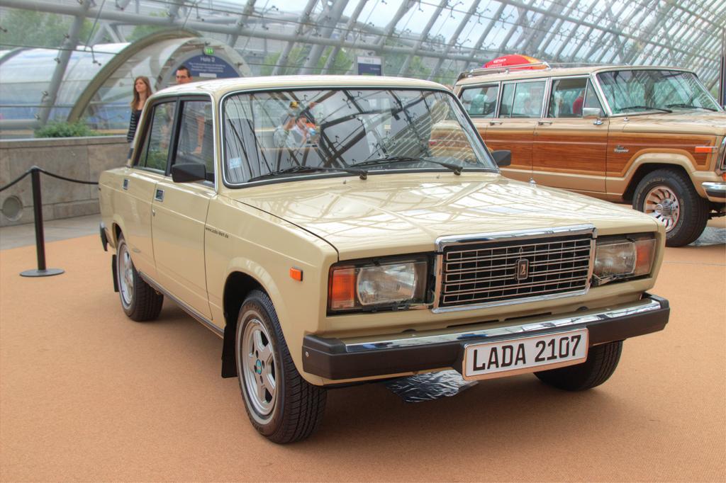 test ツイッターメディア - ラーダ2107は、フィアット124(1960年代設計)ベースの車としては異例の2012年まで生産される超ロングライフモデルとなった。 https://t.co/3NHH2deca2