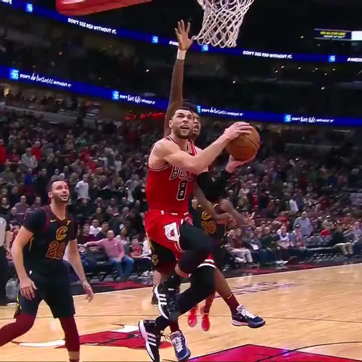 Zach (42 PTS) puts the game to 🛌  #BullsNation