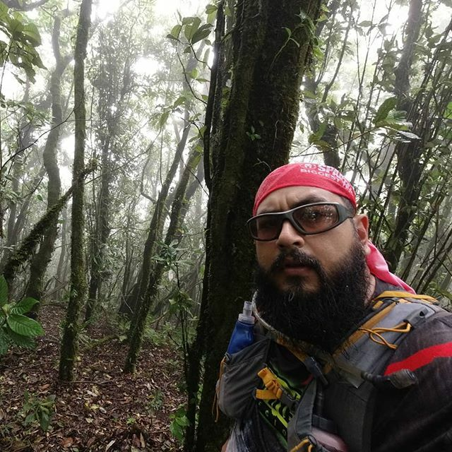 Another day in the mountains... . . . #NeverStop #690abcSports #run #runner #runnerlife #running #runningpassion #runninglife #runtagram #train #trainhard #trainning #trail #trailrunning #trailrunlife #trailrun #trailrunner #trailrunaddict #naturerunners… https://ift.tt/363FsN3pic.twitter.com/SncX4aDBDC