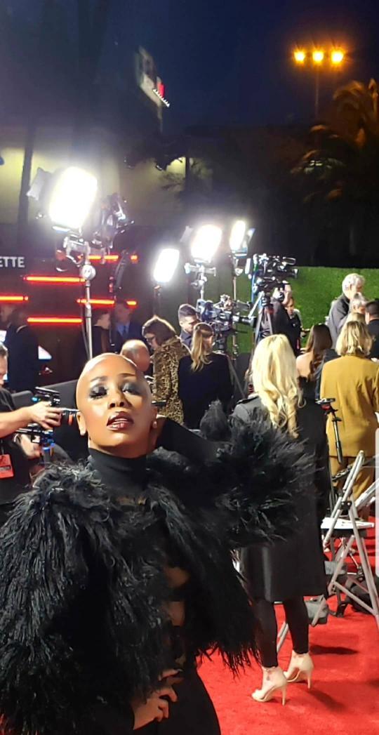 THAT'S A WRAP! @PGA #PGAAwards #tanishalavernegrant #entertainmentcorrespondent #redcarpethost #redcarpet #televisionpersonality #mediapersonality #baldbeauty #baldqueen #baldisbeautiful #blackhollywoodglamour #blackwomeninhollywoodpic.twitter.com/NzeILqS4Ca
