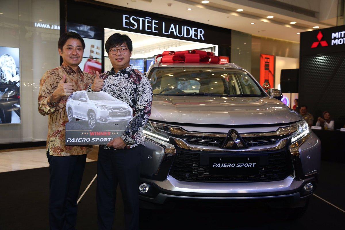 Mitsubishi Motors Auto Show masih berlangsung hingga hari ini, jangan lupa untuk datang karena akan ada Talkshow bersama @nicsap dan @Rifato pukul 19.00 WIB. Yuk ajak keluarga semua untuk datang ke Central Park Mall Jakarta!  #MitsubishiMotors