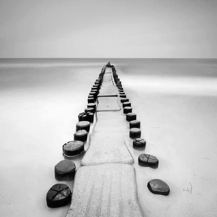 Alcuni confondono i limiti del proprio campo visivo per i limiti del mondo.  Arthur Schopenhauer pic.twitter.com/aquVI4sPZL
