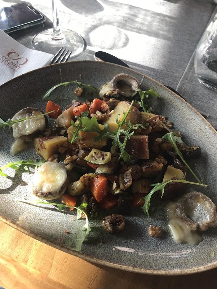 • Restaurantes na Covilhã • Clube de Campo da Covilhã [Covilhã CountryClub] http://luisaalexandra.com/2020/01/%e2%80%a2-restaurantes-na-covilha-%e2%80%a2-clube-de-campo-da-covilha-covilha-country-club/…pic.twitter.com/aetTDheJYb