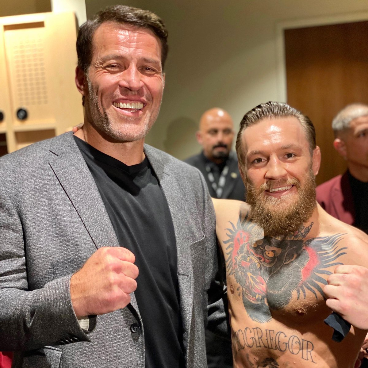 So proud of @TheNotoriousMMA — the ONE & ONLY, #ConorMcGregor!!  What a turnaround he's created within himself in the last year. He's had a WORK ETHIC like no other — not only strengthening his body to be even more FIT than he's been, but also and perhaps, MORE IMPORTANTLY...<br>http://pic.twitter.com/9fhrXz824L
