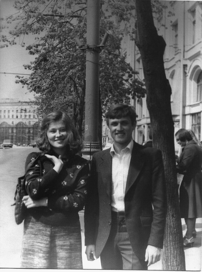 Students of Moscow Technology Institute, USSR, 1980 <br>http://pic.twitter.com/zuoHLWyKgA