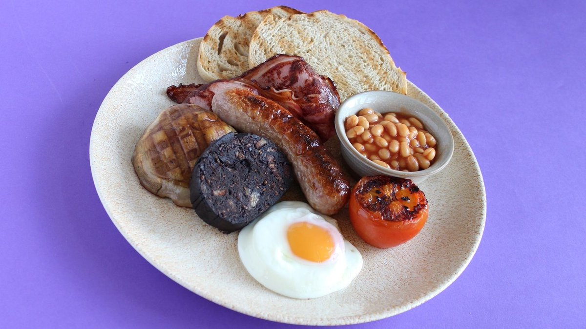 Set yourself up for the day with a Great #Yorkshire #Breakfast! Served in our café until 11.30am each day (vegetarian option also available)  #lovelocalfood #harrogate #yorkshire