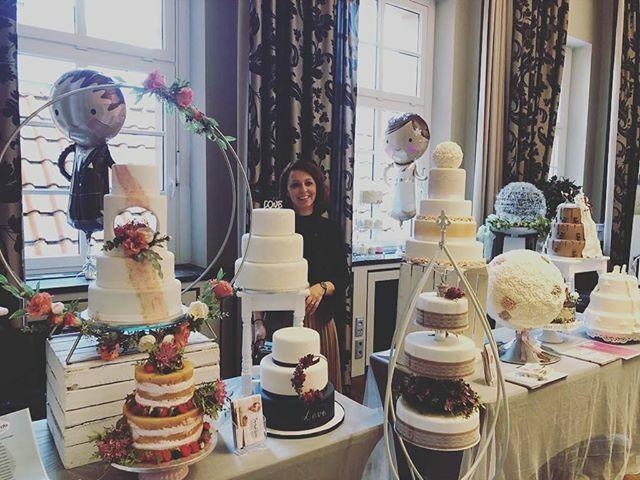 Hochzeitsmesse im Ratskeller Salzgitter Bad von 11-17 UhrWir freuen uns auf euch #hochzeit2020 #hochzeitsmesse #ratskellersalzgitterbad #bridetobe#tortenwerke#schönstertag https://ift.tt/368ZkhZpic.twitter.com/QPQ0CpO9QR