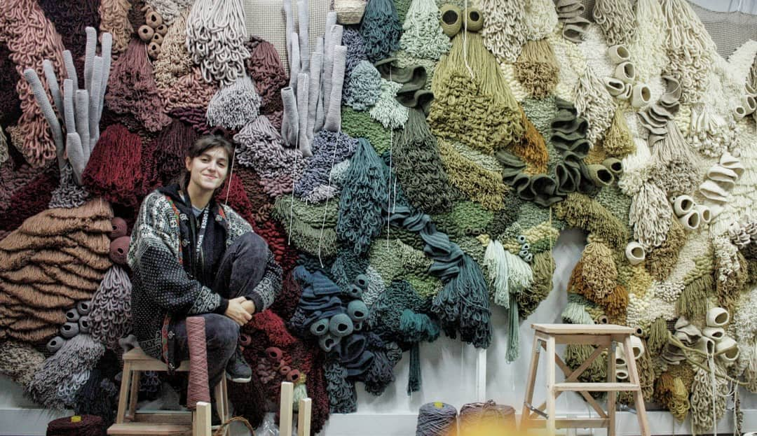 Portuguese textile artist Vanessa Barragão's large-scale handwoven artworks using techniques of her ancestors such as latch hook, crochet and felt needle with recycled materials #womensart <br>http://pic.twitter.com/iT7g22gmCa