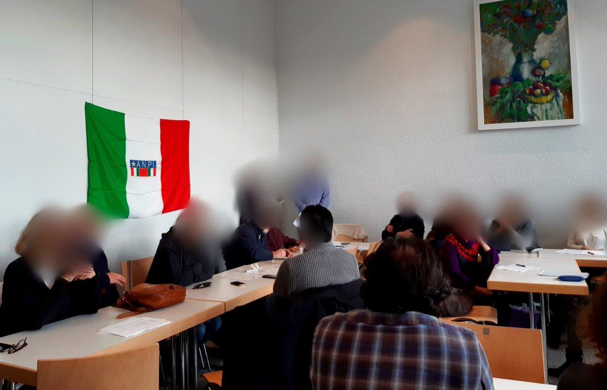 Heute hatten wir die Ehre ein Grußwort auf der Gründungsveranstaltung der #anpi #ffm, der antifaschistischen Nationalen Vereinigung der Partisanen Italiens zu sprechen. #siamotuttiantifascisti #antifa #solidarität #nonazis  #HochDieInternationaleSolidaritätpic.twitter.com/5Fhxkw8y2M