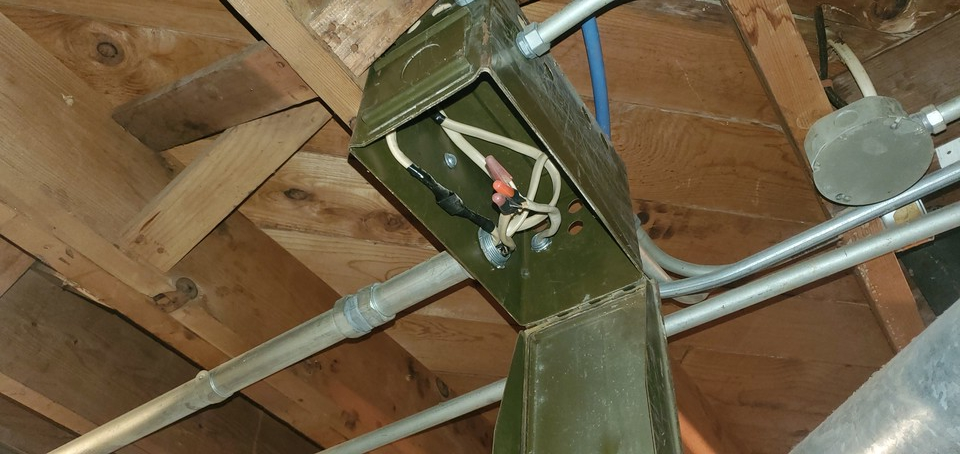 Interesting use for an old ammo box.   #GSI4U #homeinspection #clientsfirst <br>http://pic.twitter.com/nLsarMSi0I