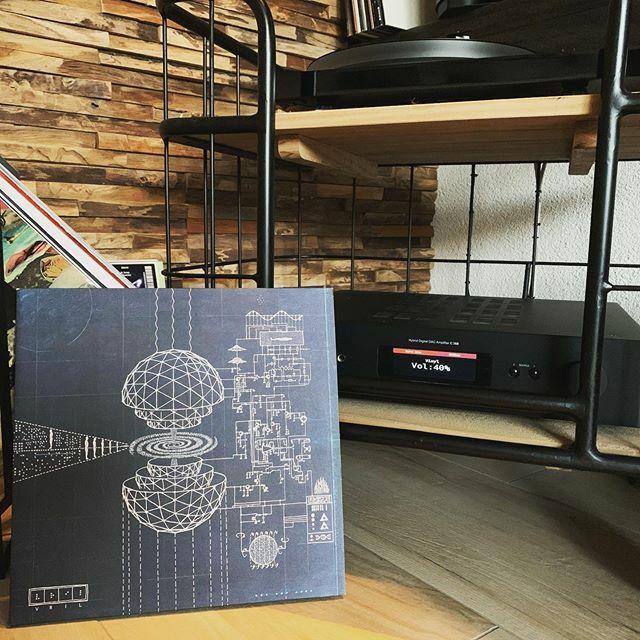 Nog steeds een fantastisch album: Vril - Anima Mundi #nowplaying #nowspinning #myvinylcollection #myrecordcollection #myrecordbox #myvinylroom #instavinyl #vinyljunkie #vinylcollector #vinylporn #vinyladdict #recordcollector #recordbox #recordoftheday #e… https://ift.tt/38n3Z1mpic.twitter.com/EdMH5lpbAh