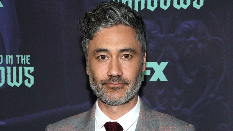 BREAKING: Filmmaker @TaikaWaititi has reportedly been approached by Lucasfilm to develop a #StarWars movie! [LEARN MORE:https://wp.me/pa3c65-dc] #TaikaWaititi #StarWars #lucasfilm #RiseOfTheSkywalker #TheMandalorian #Disneystudios #movies