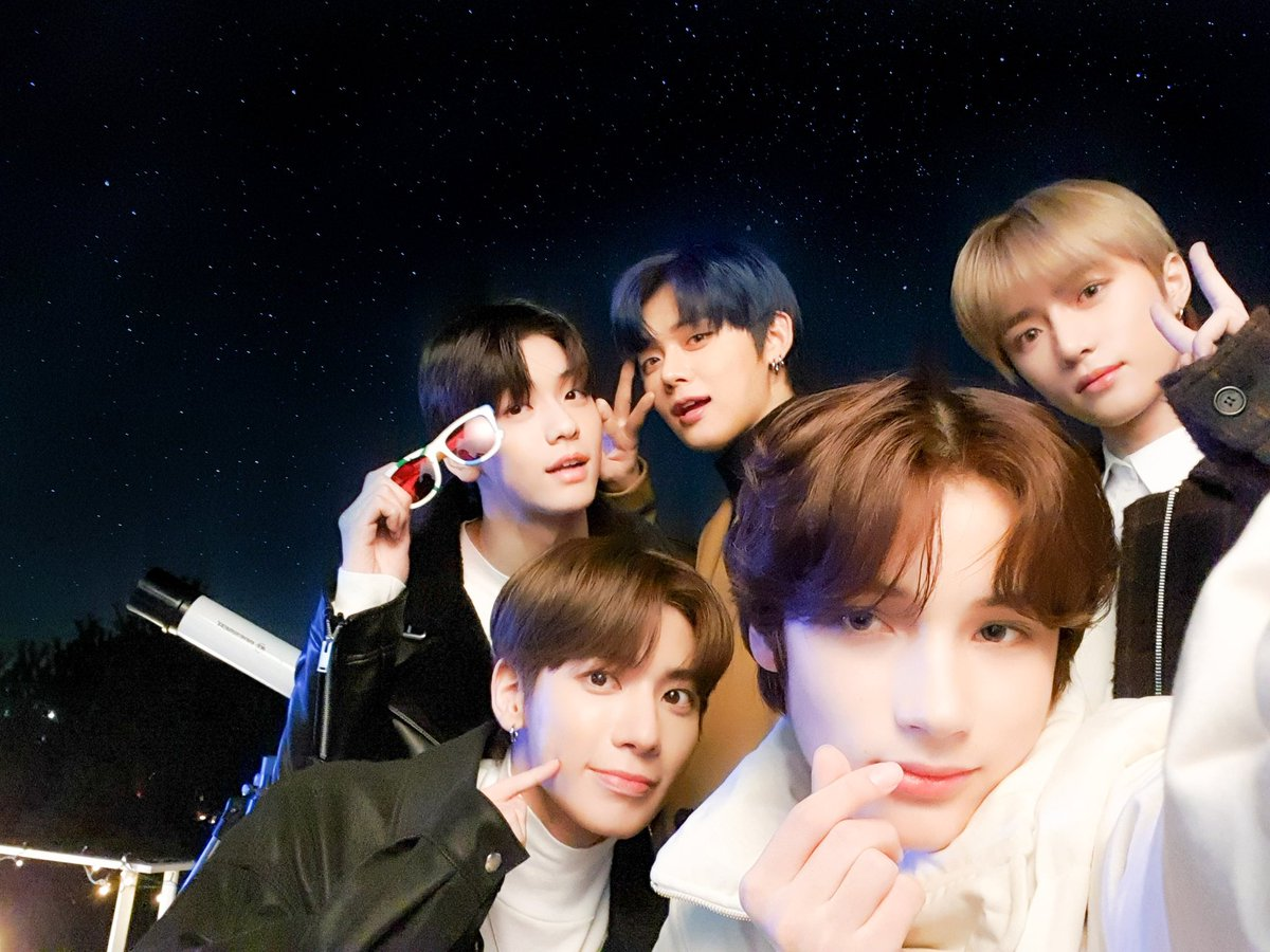 @TXT_bighit's photo on #TOMORROW_X_TOGETHER