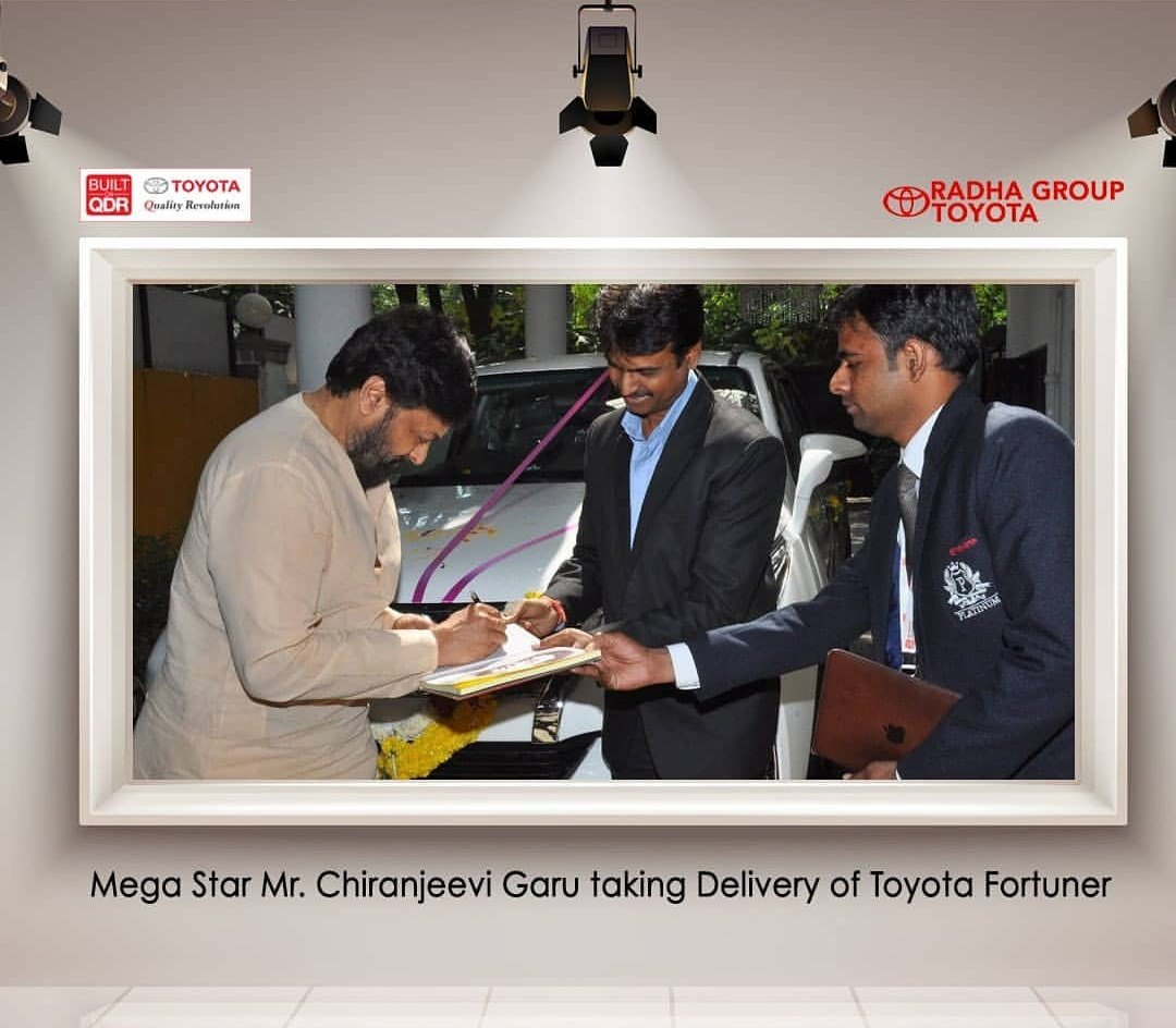 RT @ChiruFanClub: #Chiranjeevi garu taking delivery of toyota fortuner. https://t.co/vPPJ7AONxd