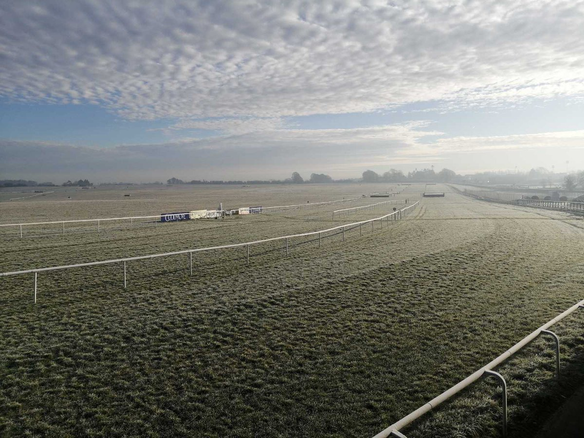 test Twitter Media - Crisp dry weather for racing at @thurlesraces today! #ComeRacing @RacingTV @HRIRacing https://t.co/mUljbnUQBX