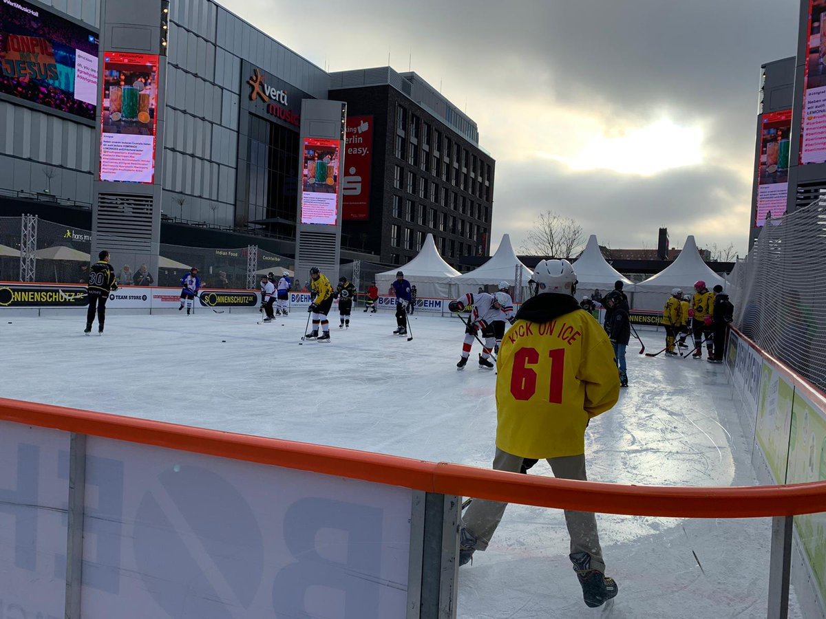 Eisbären Berlin @Eisbaeren_B