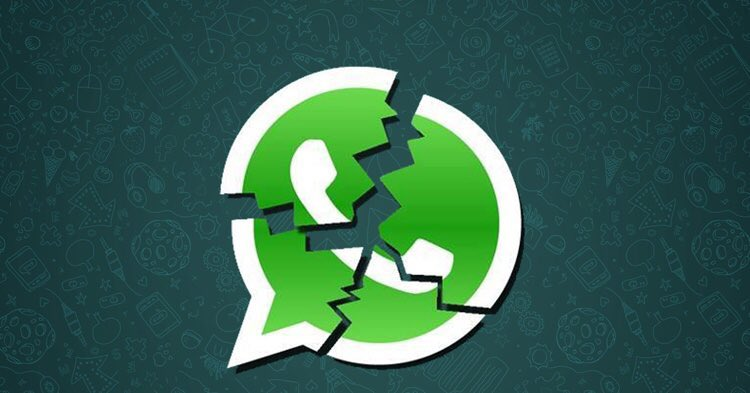 Retweet if you are on Twitter to find out if WhatsApp is down.  #whatsappdown <br>http://pic.twitter.com/J5dcz3aNvR